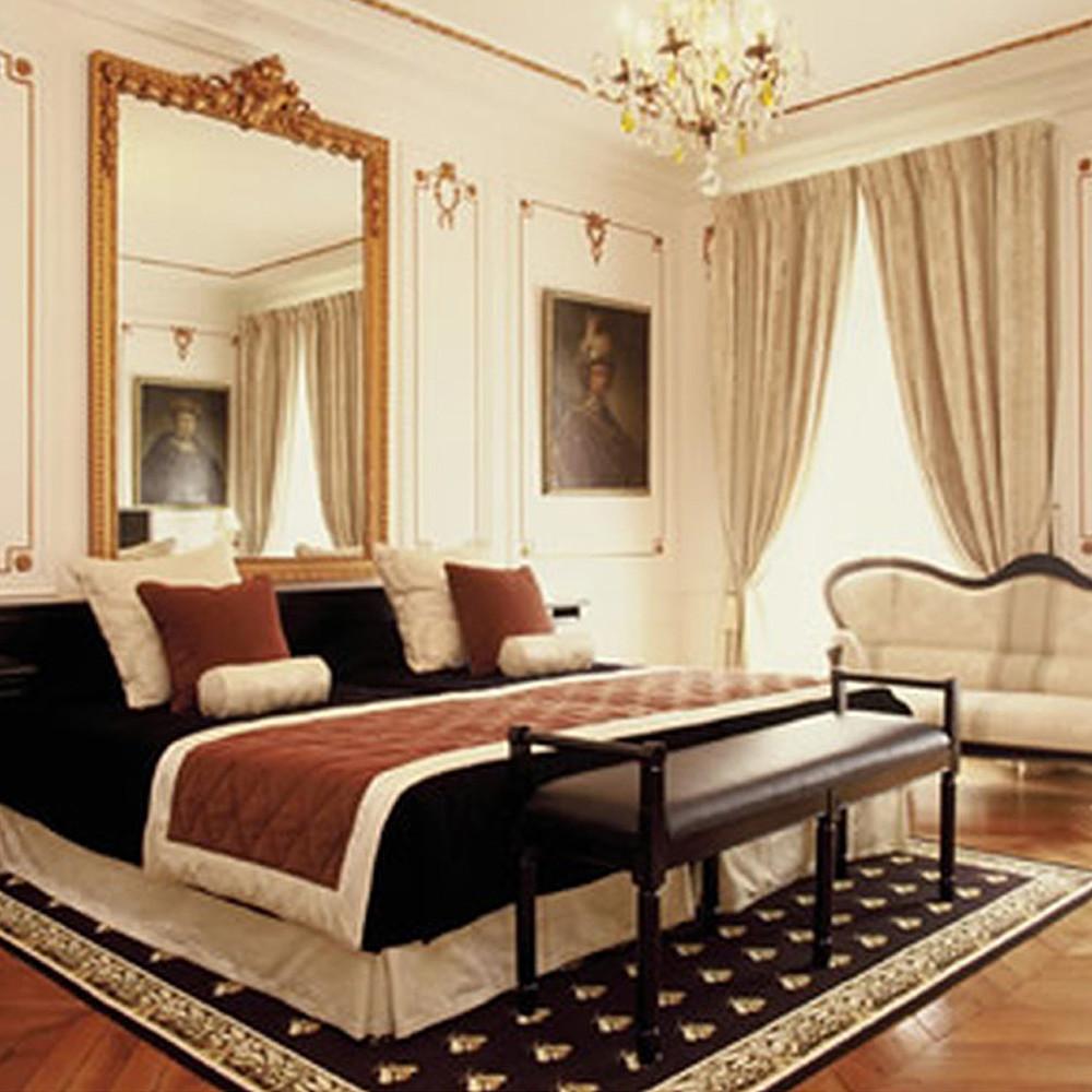 Al Arabi Travel Agency Honeymoon Suite in France