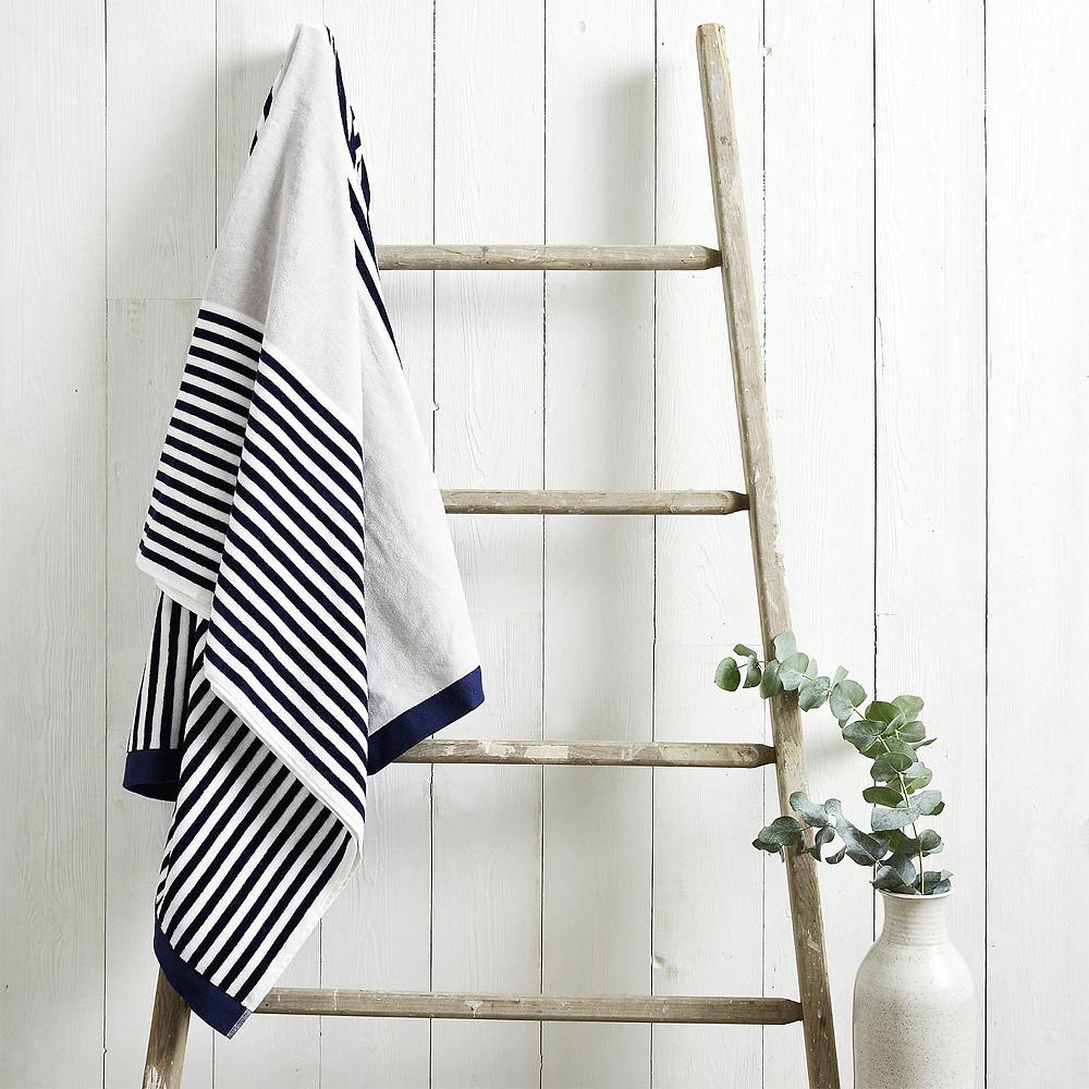 The White Company Palermo Beach Towel Multi 100 x 180 cm