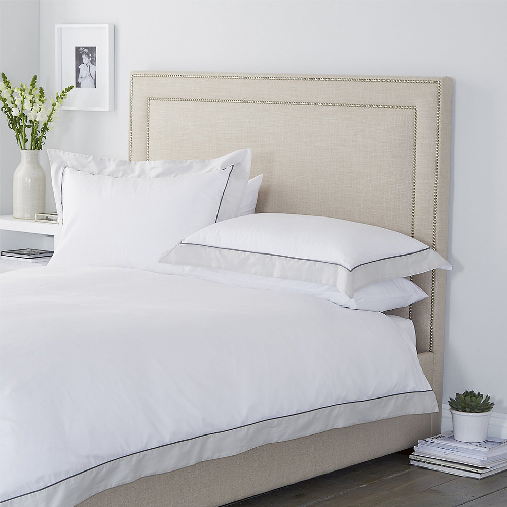 The White Company Hampstead Duvet and Pillowcase White Silver King Size