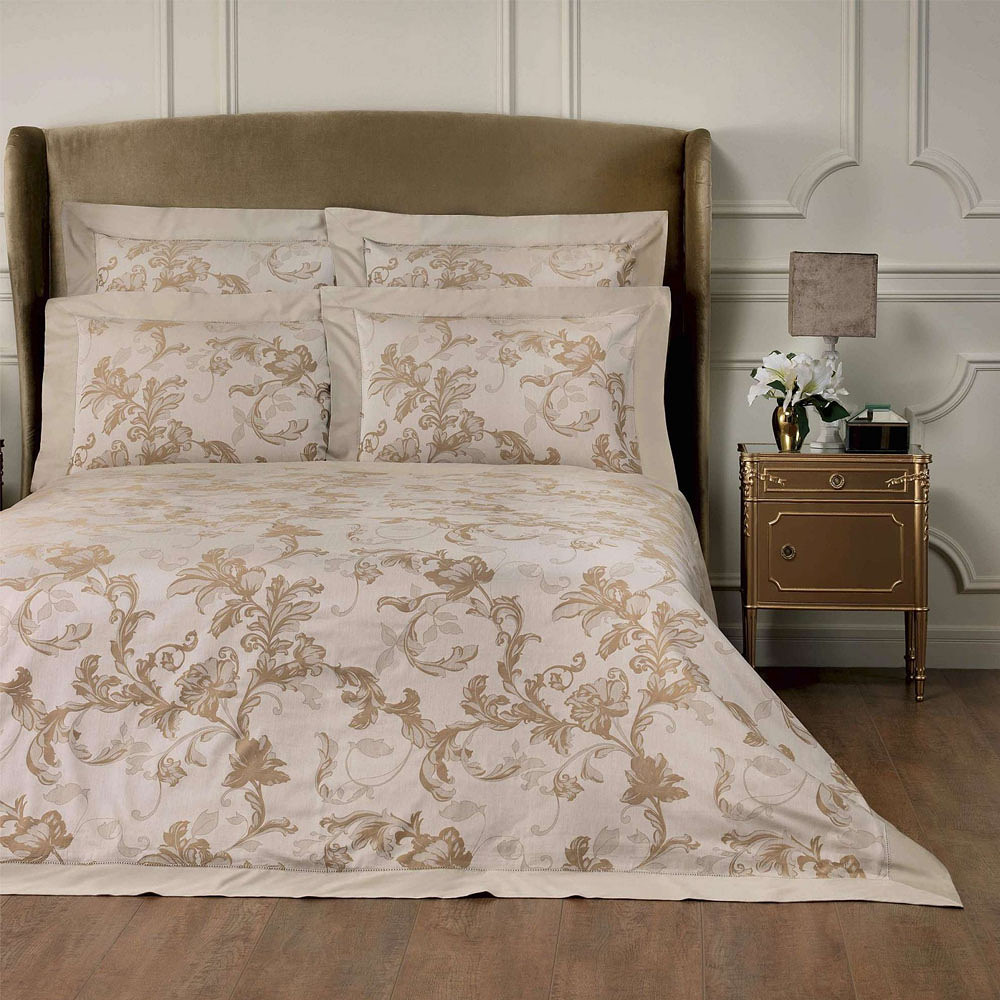 Togas Jacqueline Bedding Set Beige & Brown