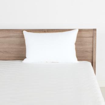 Hotel De Luxe Jacquard Pillow - 50x75 cms